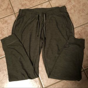 Olive green breathe on joggers